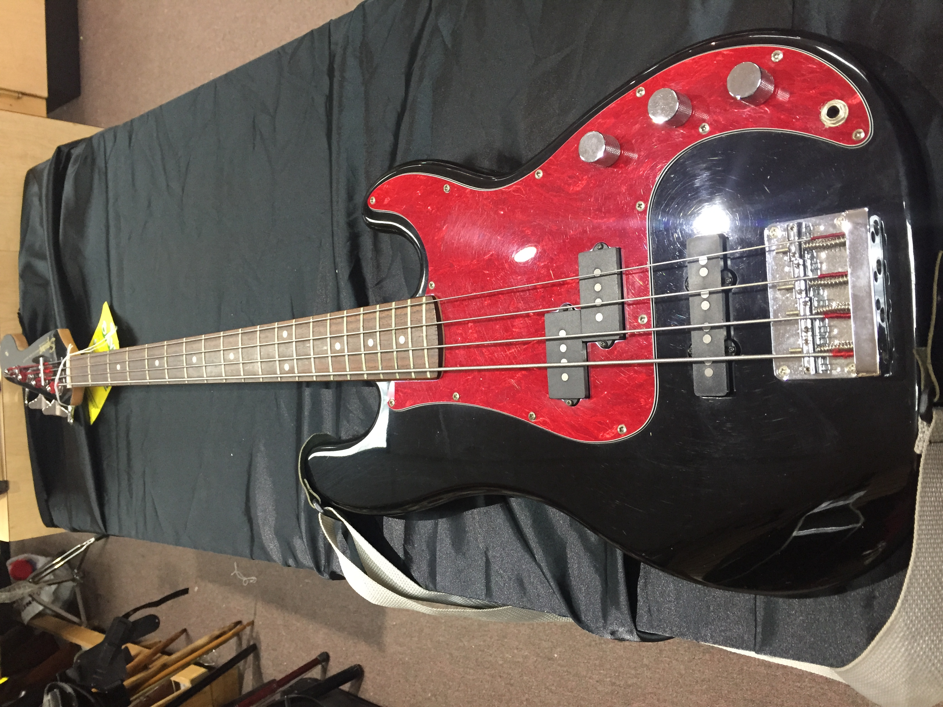Fender Squier Precision Bass